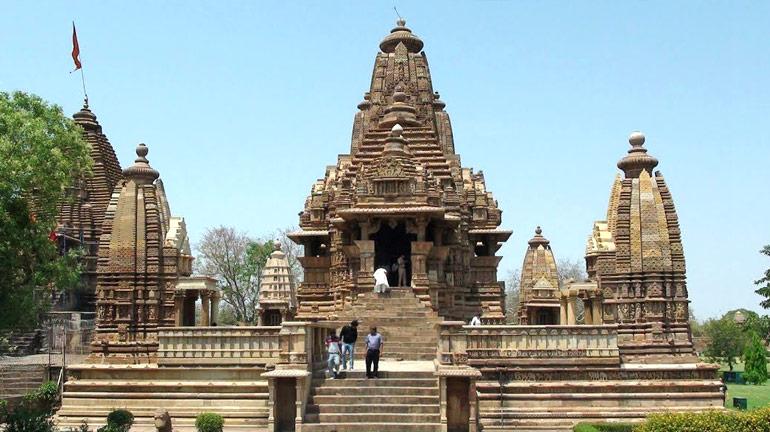 lakshmana-temple,-khajuraho