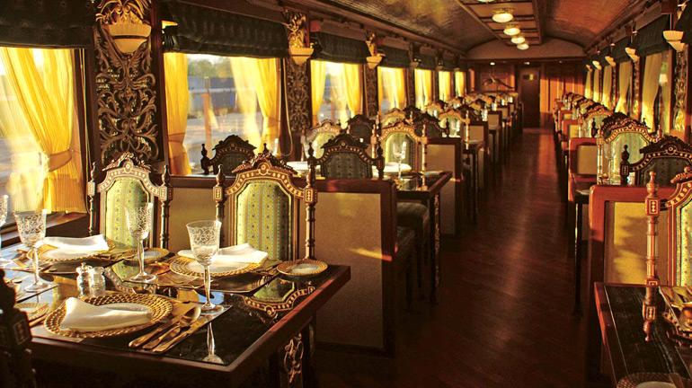 peacock-restaurant- maharaja-express