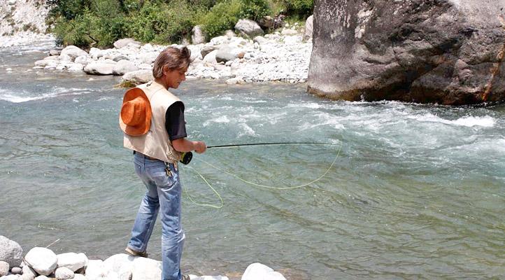 trout-fishing-tirthan-valley-himachal-pradesh