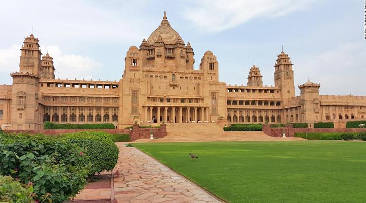 umaid-bhawan-palace-museum